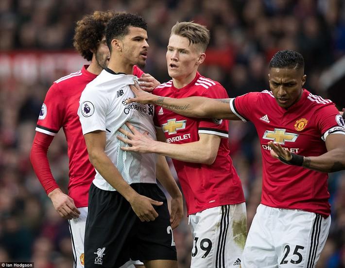 GÓC CHIẾN THUẬT: Mourinho đã bỏ túi hàng công Liverpool thế nào? - Ảnh 2.
