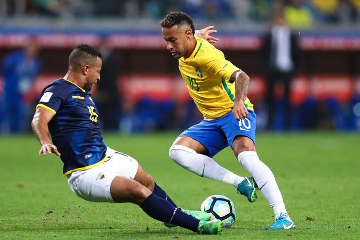 Vẫn chống nạng vì chấn thương, Neymar đột ngột tuyên bố điều bất ngờ - Ảnh 4.