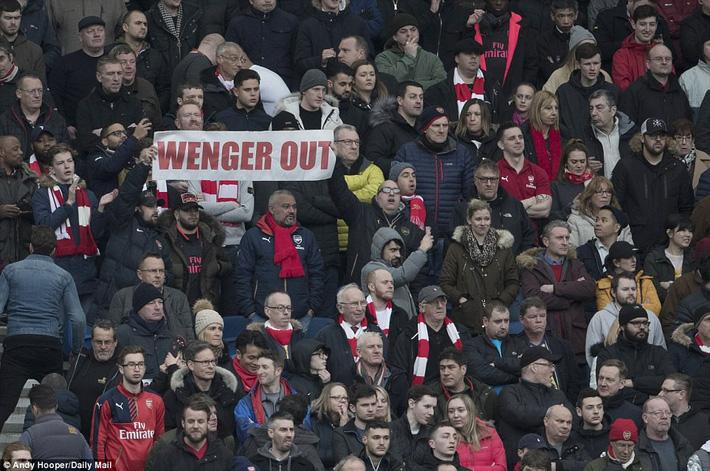 Thua trận bàng hoàng, Arsenal gục đầu thảm hại chưa từng có - Ảnh 2.