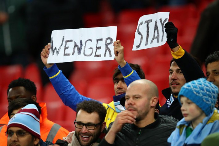 Ở Arsenal giờ đây chỉ còn lời kêu cứu, sự thất bại và một tượng đài sụp đổ - Ảnh 3.