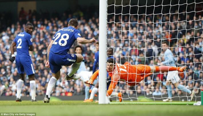 Bỏ túi Chelsea ngon ơ, Man City huýt sáo chào Premier League để về đích - Ảnh 4.