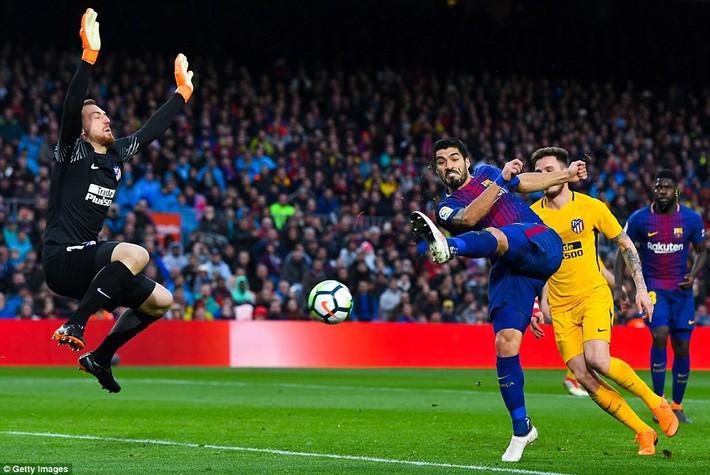 Messi lại là sự khác biệt, Barca chiến thắng để bình định La Liga - Ảnh 12.