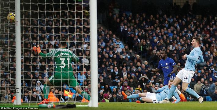 Bỏ túi Chelsea ngon ơ, Man City huýt sáo chào Premier League để về đích - Ảnh 14.