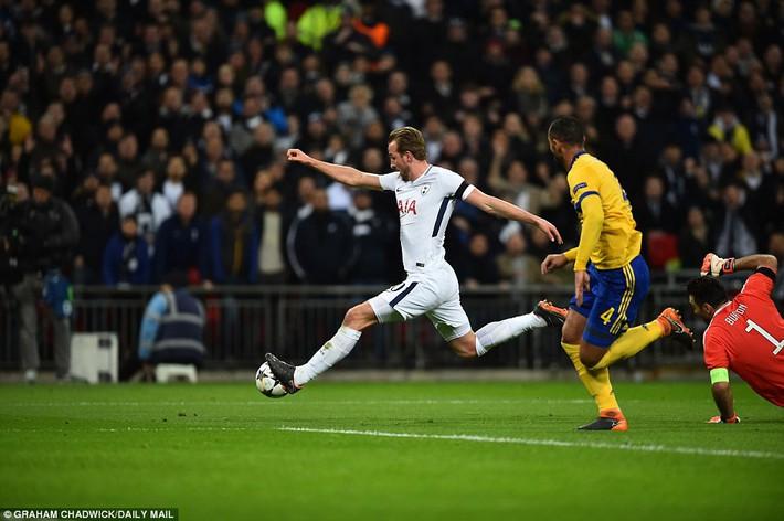 Bộ đôi sát thủ giúp Juventus ngược dòng, giật sập Wembley đoạt vé tứ kết - Ảnh 10.