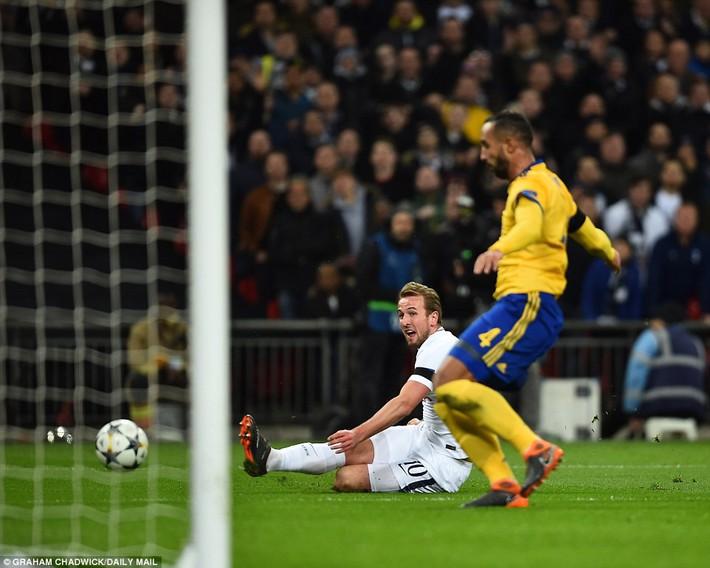 Bộ đôi sát thủ giúp Juventus ngược dòng, giật sập Wembley đoạt vé tứ kết - Ảnh 11.