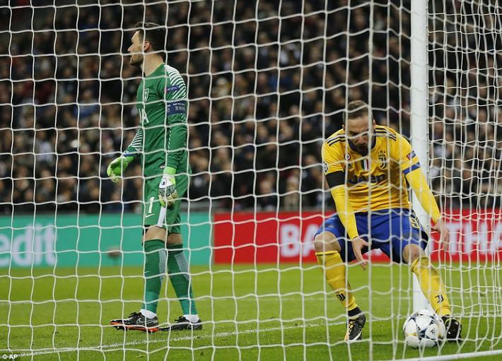 Bộ đôi sát thủ giúp Juventus ngược dòng, giật sập Wembley đoạt vé tứ kết - Ảnh 24.