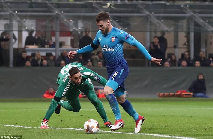 Thổi bay AC Milan, Arsenal khiến fan mâu thuẫn sâu sắc - Ảnh 2.