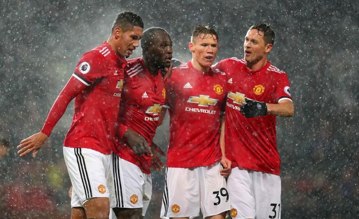 Liverpool cẩn trọng, đến lúc họng súng trong tay áo của Mourinho khai hỏa rồi - Ảnh 2.