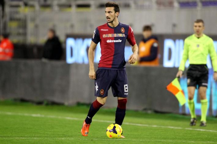 Buffon rơi nước mắt tiễn đưa đội trưởng Fiorentina vừa đột ngột qua đời - Ảnh 18.