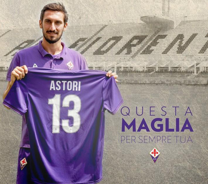 Buffon rơi nước mắt tiễn đưa đội trưởng Fiorentina vừa đột ngột qua đời - Ảnh 19.