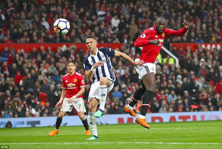 Copy công thức chiến thắng không thành, Man United sụp hầm trước đội bét bảng - Ảnh 13.