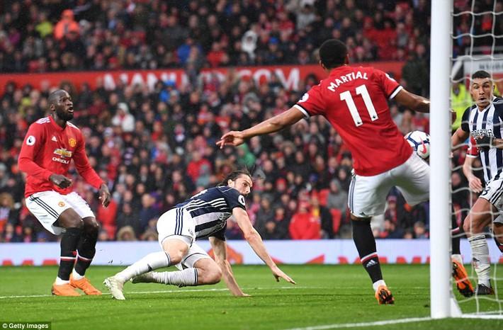 Copy công thức chiến thắng không thành, Man United sụp hầm trước đội bét bảng - Ảnh 21.