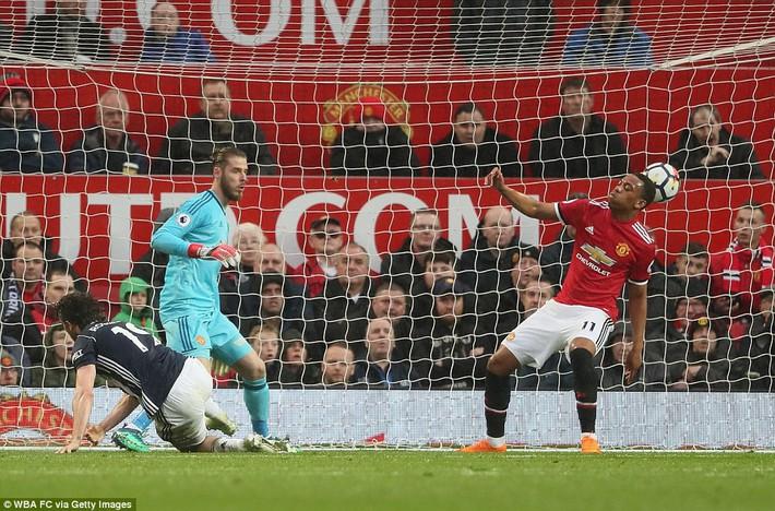 Copy công thức chiến thắng không thành, Man United sụp hầm trước đội bét bảng - Ảnh 23.