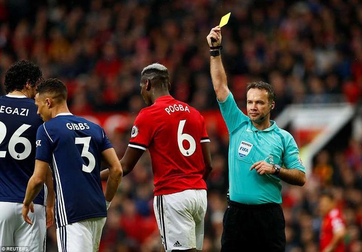MU dâng cúp vô địch cho Man City: Thảm họa Mourinho - Ảnh 3.
