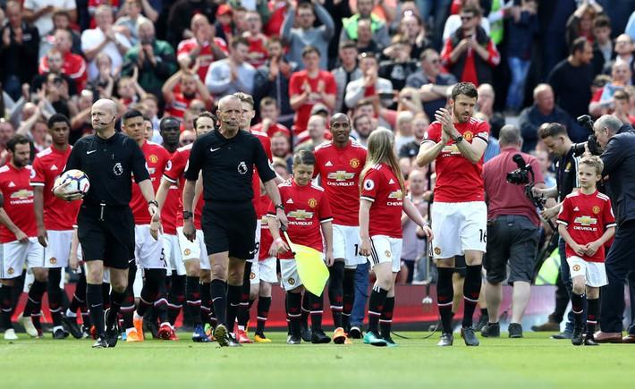 Demi kiến tạo, Michael Carrick khiến ngày chia tay Man United ngập tràn tiếc nuối - Ảnh 3.