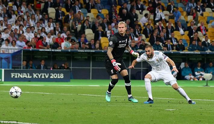 Vũ khí bí mật của Real khiến cả châu Âu sững sờ, đưa Zidane lập hattrick không tưởng - Ảnh 12.
