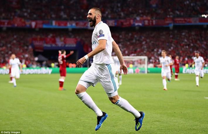 Vũ khí bí mật của Real khiến cả châu Âu sững sờ, đưa Zidane lập hattrick không tưởng - Ảnh 13.