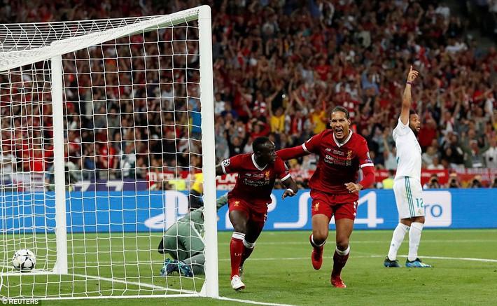 Vũ khí bí mật của Real khiến cả châu Âu sững sờ, đưa Zidane lập hattrick không tưởng - Ảnh 15.