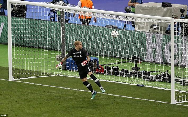 Vũ khí bí mật của Real khiến cả châu Âu sững sờ, đưa Zidane lập hattrick không tưởng - Ảnh 30.