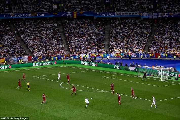 Vũ khí bí mật của Real khiến cả châu Âu sững sờ, đưa Zidane lập hattrick không tưởng - Ảnh 31.