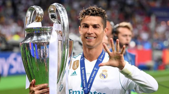 Những cột mốc đáng chú ý tạo nên bản hợp đồng lịch sử của Ronaldo - Ảnh 3.