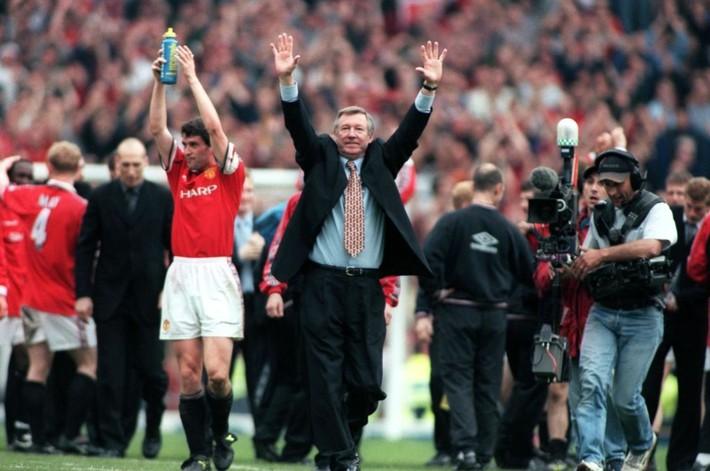 Cơn say tuổi 21 đem về cho Sir Alex Ferguson bản hợp đồng ưng ý nhất đời - Ảnh 2.