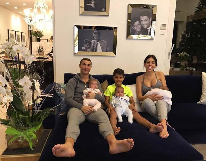 Ronaldo rao bán căn biệt thự triệu đô đầy ắp kỷ niệm tại Madrid