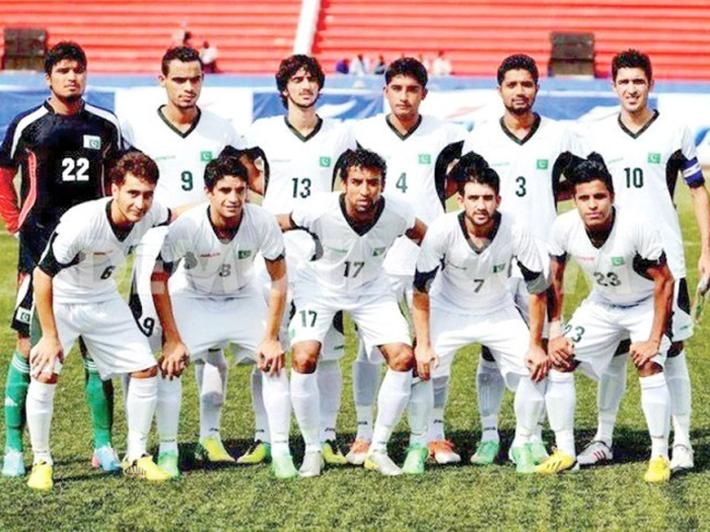 HLV Pakistan nhận định bất ngờ về Olympic Việt Nam của ông Park - Ảnh 1.
