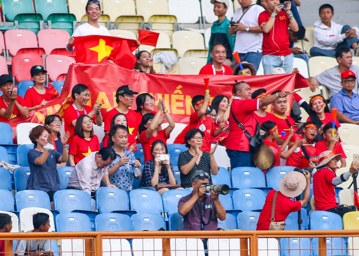 Ronaldinho Indonesia ủng hộ Văn Quyết và U23 Việt Nam trong trận đấu quan trọng - Ảnh 1.