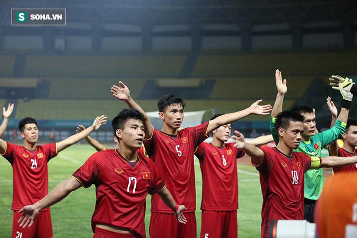 Sau chiến thắng nghẹt thở, U23 Việt Nam làm điều khiến Hùng Dũng sẽ phải nhỏ lệ - Ảnh 11.