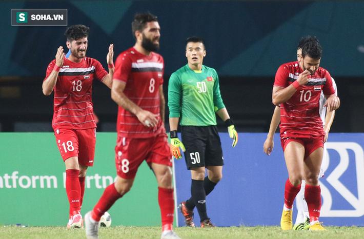 Trong ngập tràn niềm vui của U23 Việt Nam, có một người vốn sinh ra để bị lãng quên - Ảnh 1.