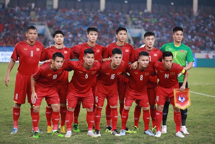 Bình Dương dọa bỏ giải, VFF phải xuống nước vì sao U23 Việt Nam - Ảnh 1.