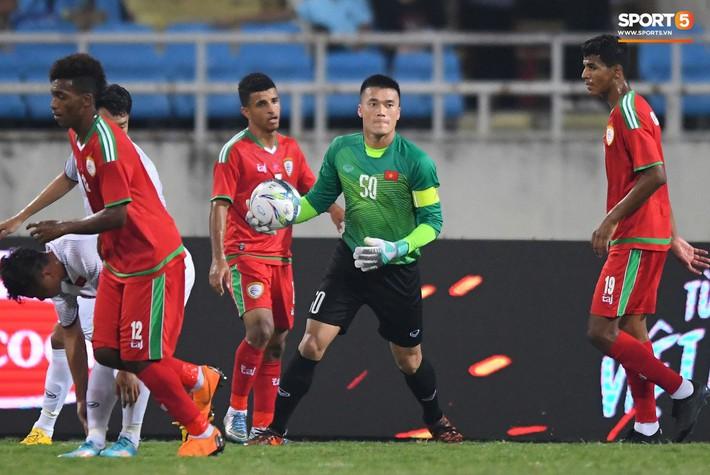 Đặng Văn Lâm lần đầu lên tiếng sau khi bị thầy Park loại khỏi danh sách U23 Việt Nam - Ảnh 1.