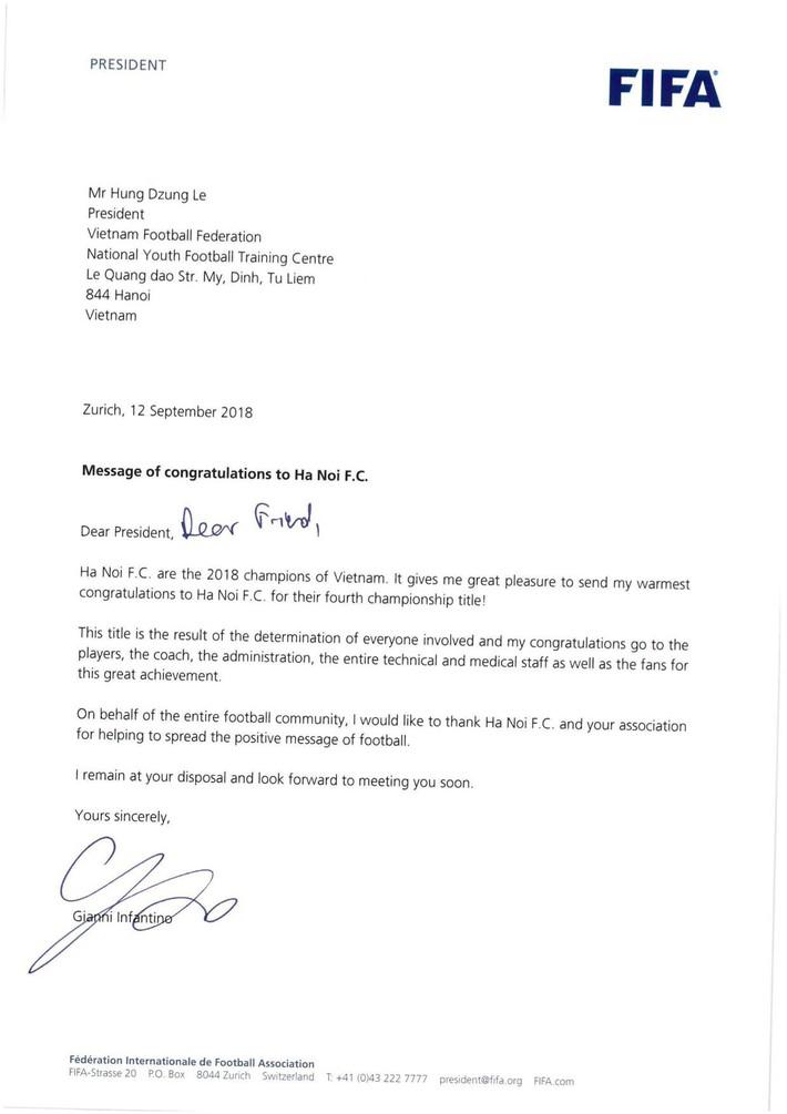 Chủ tịch FIFA gửi thư chúc mừng nhà vô địch Việt Nam - Ảnh 1.