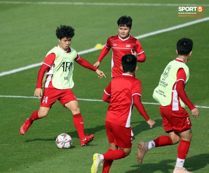 HLV Park Hang-seo nhắc nhở Chinh đen, trăn trở nghĩ cách không thua Iran - Ảnh 7.