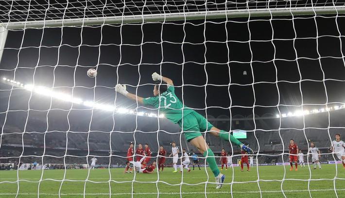 Gặp Iran, thủ môn Đặng Văn Lâm sẽ chứng minh tất cả - Ảnh 1.