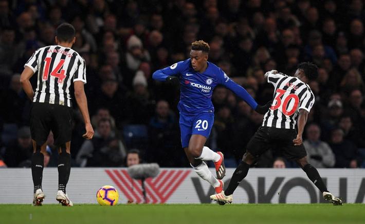 Tù trưởng Willian lập siêu phẩm, Chelsea chật vật hạ Newcastle 2-1 - Ảnh 8.