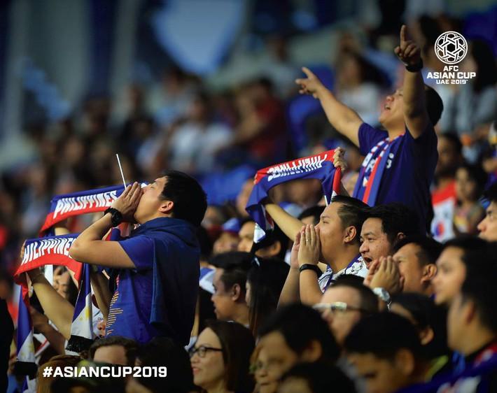 Sau trận đấu đáng khen, Philippines để lại thông điệp đặc biệt ở phòng thay đồ - Ảnh 2.