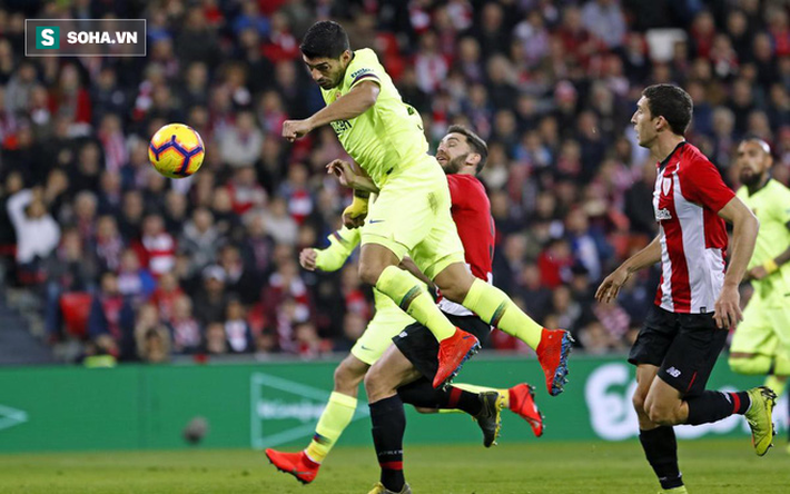 Messi bất lực, Barcelona nhận cái kết đáng tiếc sau màn tranh cãi phút bù giờ - Ảnh 2.