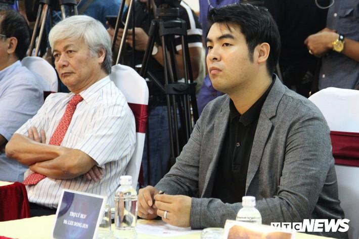 Chuyện chưa kể về sứ giả đưa HLV Park Hang Seo đến Việt Nam - Ảnh 1.