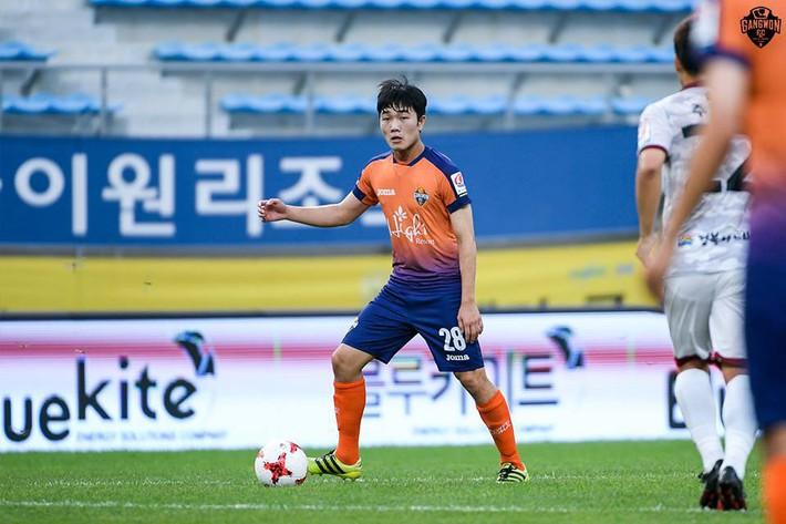 Chuyện chưa kể về sứ giả đưa HLV Park Hang Seo đến Việt Nam - Ảnh 2.