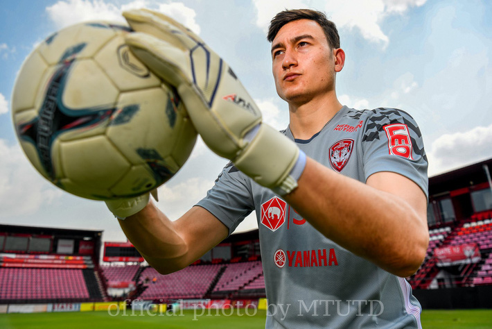 Người đại diện tiết lộ: Suýt chút nữa Muangthong United mua được Văn Lâm với giá rất rẻ - Ảnh 5.