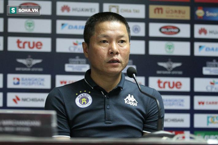 HLV Thái Lan đau đớn, cạnh khóe trọng tài vì để thua Hà Nội FC ngay trên sân nhà - Ảnh 1.