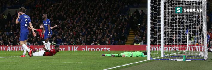 Solskjaer lập thêm kỳ tích, Man United thổi bay Chelsea ngay tại Stamford Bridge - Ảnh 2.