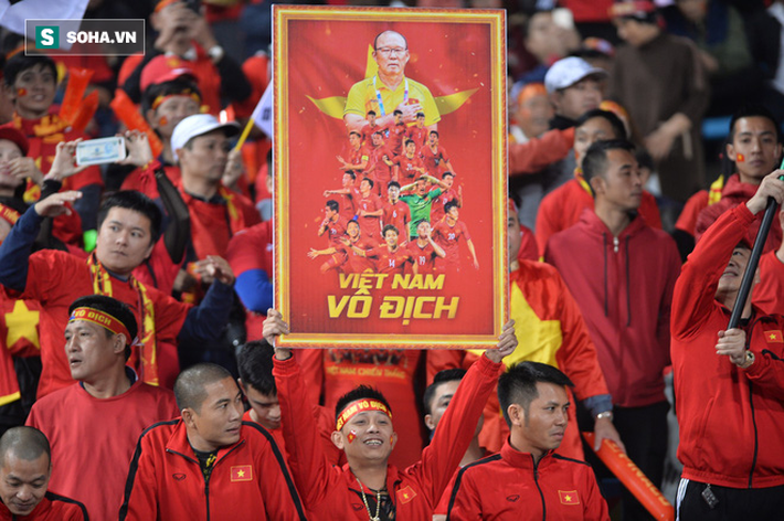 Từ lời than thở của thầy Park, đừng để bóng đá Việt Nam lâm cảnh tiếc vàng, mất em - Ảnh 4.