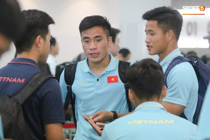 Tuyển thủ U22 Việt Nam về nước, chờ đợi hành trình mới cùng HLV Park Hang-seo - Ảnh 1.