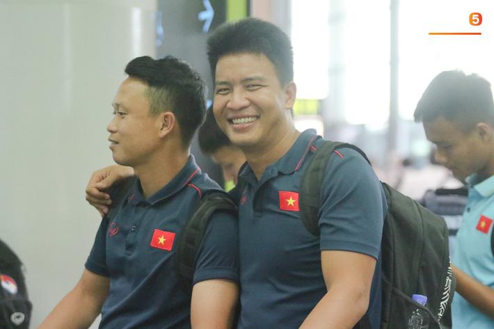 Tuyển thủ U22 Việt Nam về nước, chờ đợi hành trình mới cùng HLV Park Hang-seo - Ảnh 14.