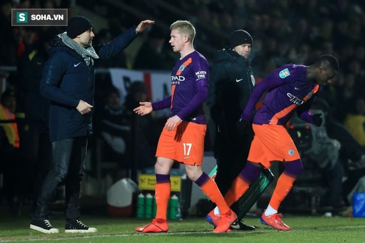 Cơn đau của Man City lại đến từ chính cú đấm thép của Pep Guardiola - Ảnh 2.