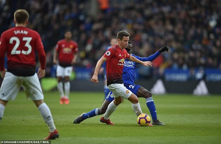 Man United hồi sinh: Người hùng trầm lặng Herrera - Ảnh 2.