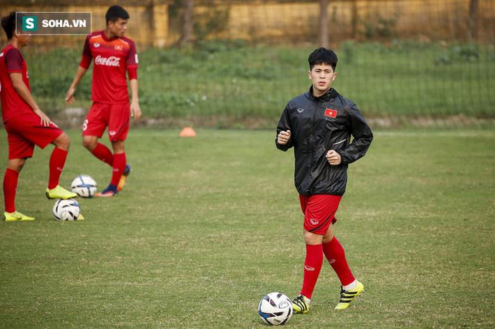HLV Park Hang-seo đăm chiêu trước chấn thương dai dẳng của Vua phá lưới nội V.League 2018 - Ảnh 5.